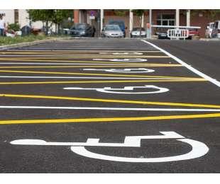 Czy parking przy szpitalu powinien być płatny?